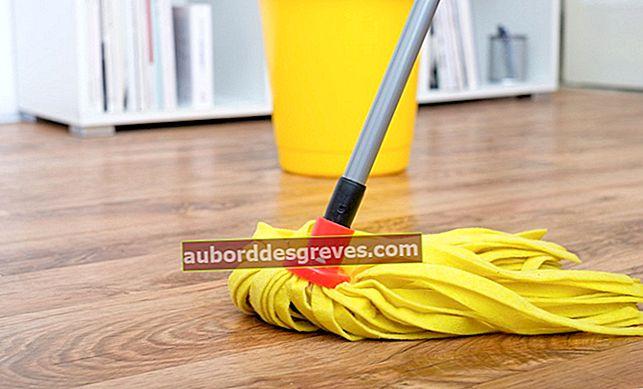 Pulisci un pavimento in parquet con prodotti naturali
