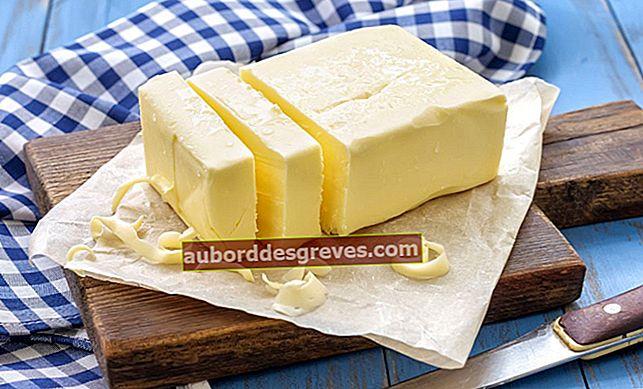 버터 얼룩을 제거하는 8 가지 효과적인 팁