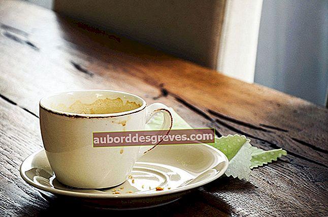 Suggerimenti per eliminare le macchie in una tazza